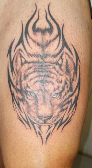 Tatouage tribal tigre