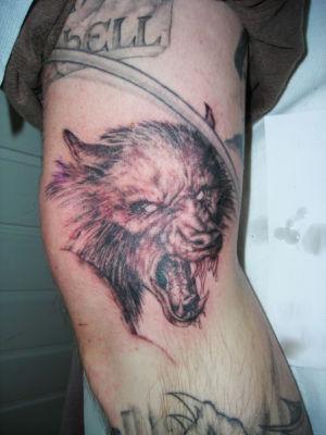 Tatouage loup garou