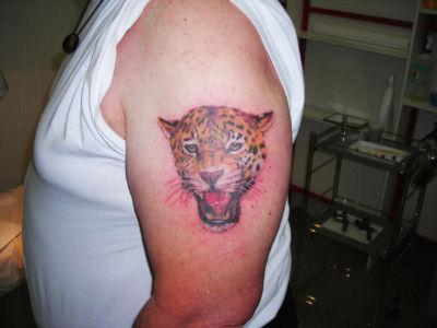Tatouage panthère couleur