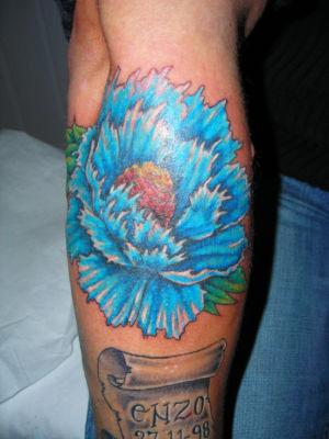 tatouage fleur motifs floraux en tatouage tattoo studio orl ans. Black Bedroom Furniture Sets. Home Design Ideas