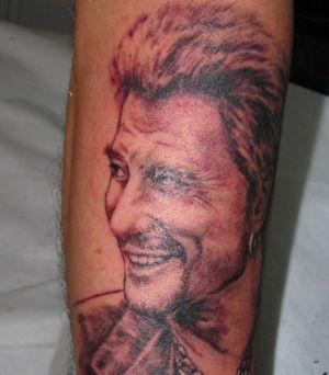 Tatouage portrait Johnny Hallyday