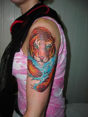 Tatouage tigre couleur