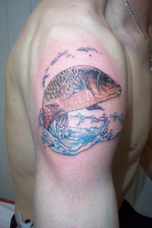 Tatouage poisson couleur