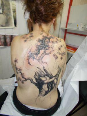 12 recouvrement de l'ancien tatouage